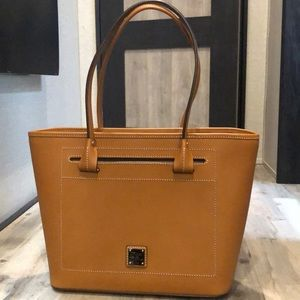 Dooney & Burke purse never used tan leather